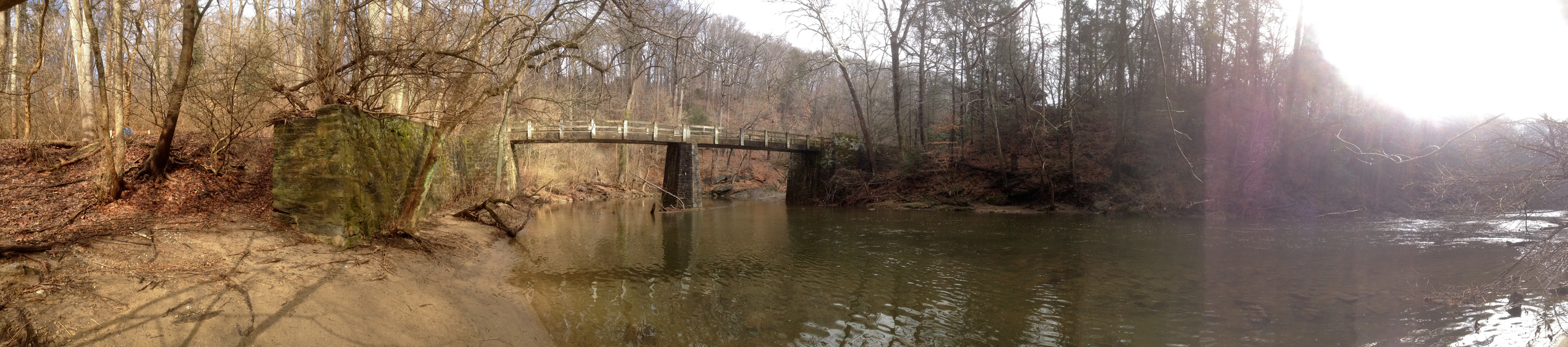 PANORAMA OF THE WEEK: bend of Wissahickon Creek at Kitchens Lane Bridge